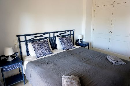 BEACHSIDE 2 BEDROOMS APARTMENT WITH BEAUTIFUL VIEWS OF THE COMMUNAL GARDEN, POOL AND THE SEA